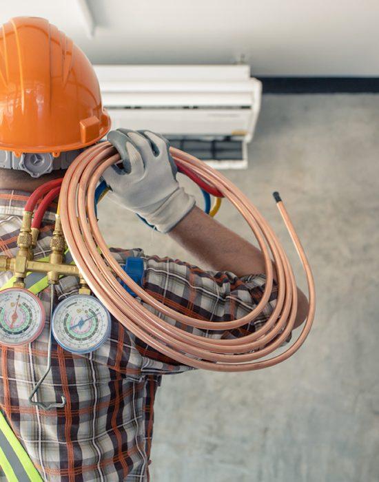 maintenance-man_358363076-web